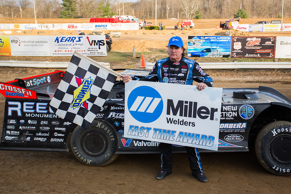 Miller Welders Fast Time Award winner Scott Bloomquist