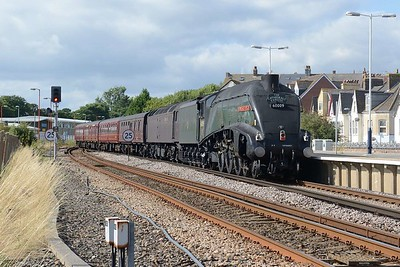 14 August 2018 ::  LNER A4 Class 4-6-2 no 60009 Union of South Africa  + 47760 roll into Weymouth and will form part of 1Y52, the Cathedrals Express from Weymouth to Victoria