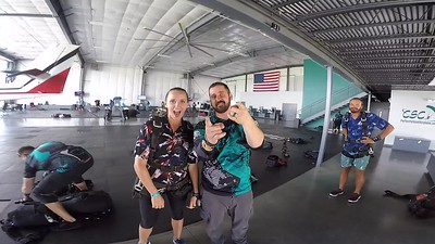 1732 Elizabeth Pierson\	 Skydive at Chicagoland Skydiving Center 20180801 Tim Cody