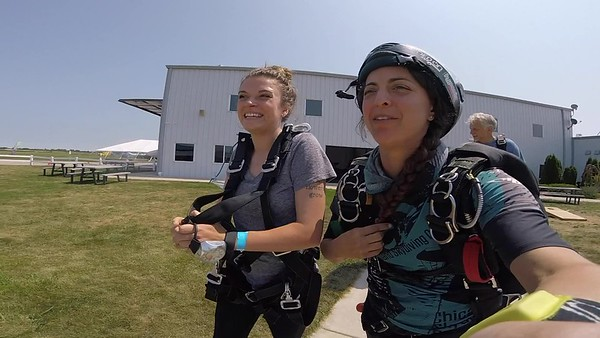 1239 CJ Koso Skydive at Chicagoland Skydiving Center 20180803 Amy Amy