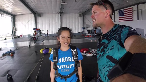 1814 Laura De Guzman Skydive at Chicagoland Skydiving Center 20180803 Eric Eric