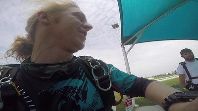 1316 Chris Backes\	 Skydive at Chicagoland Skydiving Center 20180809 Klash Klash