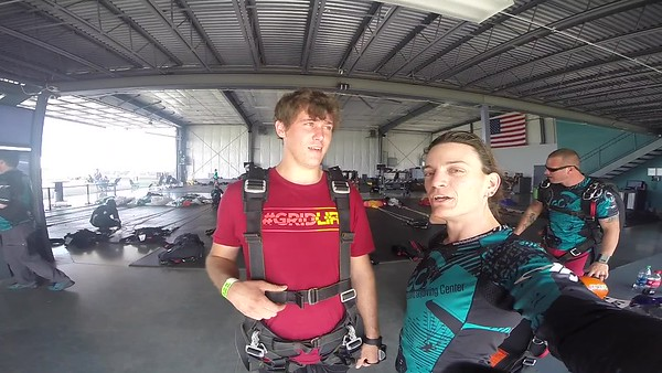 1623 Joe Holder  Skydive at Chicagoland Skydiving Center 20180811 Jo JO