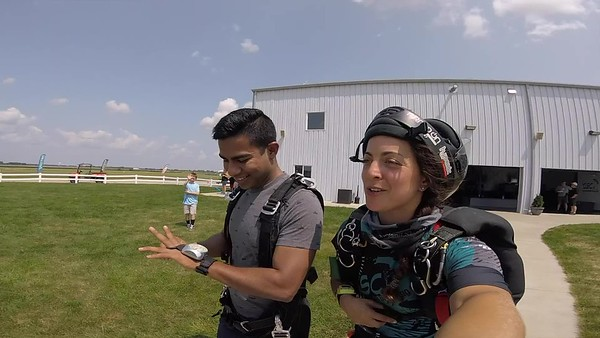 1352 Pratik Singh Skydive at Chicagoland Skydiving Center 20180811 Amy Amy