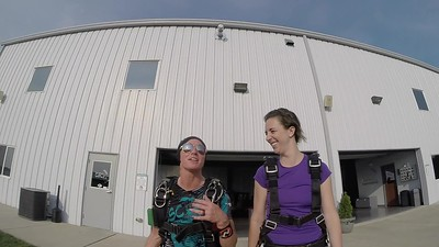 1839 Rebecca Russo Skydive at Chicagoland Skydiving Center 20180811 Shannon Amy