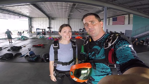 1549  Sarah Anderson  Skydive at Chicagoland Skydiving Center 20180812 Tim Tim