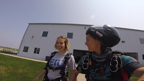 1247 Sara Hinojosa Skydive at Chicagoland Skydiving Center 20180813 Amy Amy