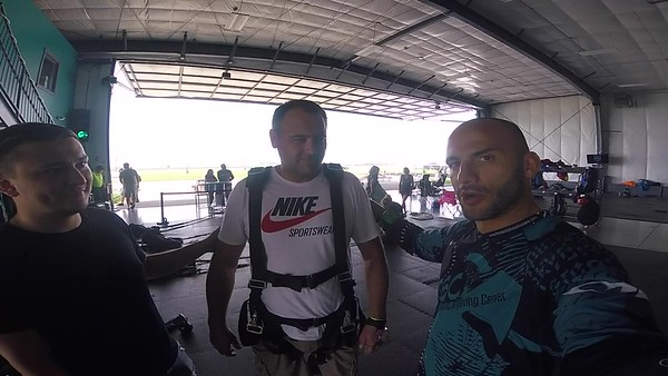 1542 gr.chorny@gmail.com Skydive at Chicagoland Skydiving Center 20180819 Hops Hops