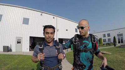 1805 Abhishek Khapare Skydive at Chicagoland Skydiving Center 20180825 Hops Amy