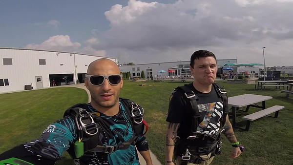 1710 Miguel Prieto Skydive at Chicagoland Skydiving Center 20180825 Hops Hops