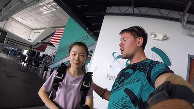 1338 Tiantian li Skydive at Chicagoland Skydiving Center 20180828 Eric Eric