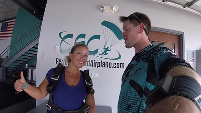 1615 Angelina Kelly Skydive at Chicagoland Skydiving Center 20180831 Eric Eric