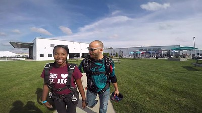1709 Natalie Oliver Skydive at Chicagoland Skydiving Center 20180831 Hops Klash