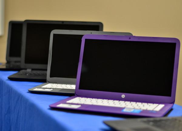 MET 080618 CASA Laptops