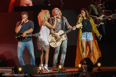 Jimi Westbrook, Kimberly Schlapman, Phillip Sweet et Karen Fairchild; Little Big Town; Bandwagon Tour; Budweiser Stage in Toronto