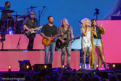 Jimi Westbrook, Phillip Sweet, Kimberly Schlapman et Karen Fairchild; Little Big Town; Bandwagon Tour; Budweiser Stage in Toronto