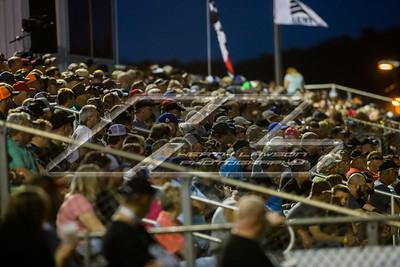 Bubba Raceway Park fans