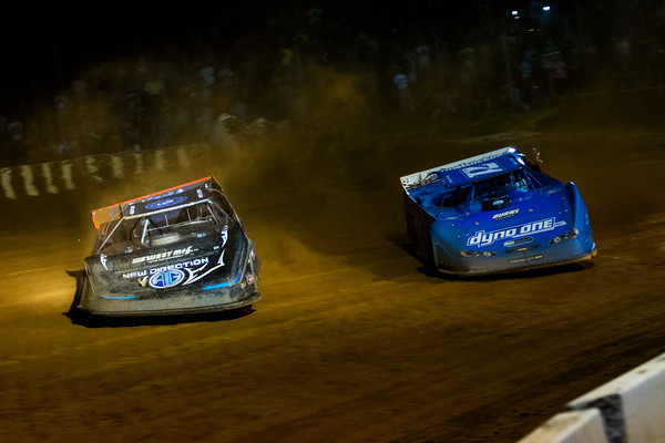 Scott Bloomquist (0) and Hudson O'Neal (71)