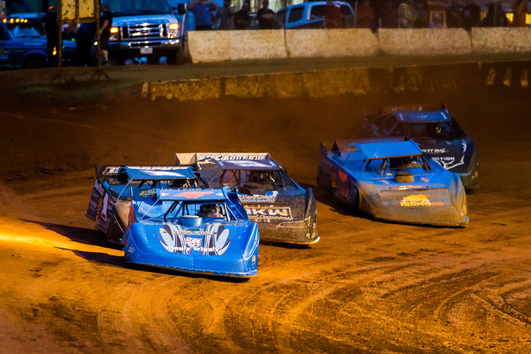 Michael Brown (24), Brent Dixon (1), Ross Bailes (87), Dennis Erb, Jr. (28) and Scott Bloomquist (0)