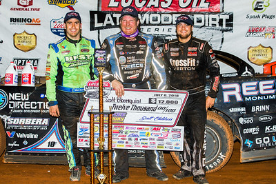Josh Richards (1), Scott Bloomquist (C) and Brandon Overton (R)