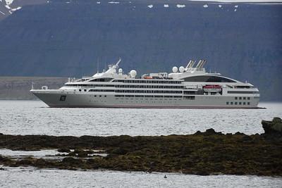 Circumnavigation of Iceland 18