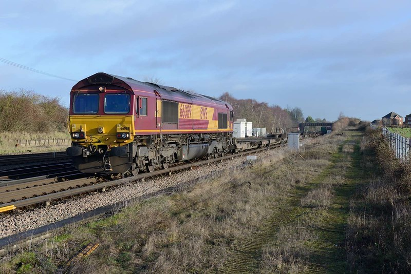 20 December 2018 :: Passing Worting Junction is 66089 leading 4O43 from Wakefield to Southampton