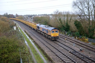 7 December 2018 :: Passing Didcot North Junction is 66768 with 6M26 from Eastleigh to Mountsorrel