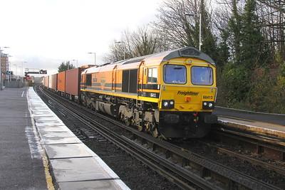 66413 Basingstoke 03/12/18 4M61 Southampton to Trafford Park
