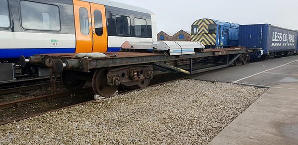 Unknown ex F/L Flat internal user seen at Derby Litchurch Lane   10/11/18