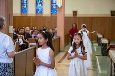 180520 Incarnation Catholic Church 1st Communion-57