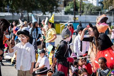 181031 Micheltorena Halloween Parade_CH-9