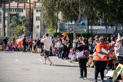 181031 Micheltorena Halloween Parade_CH-10