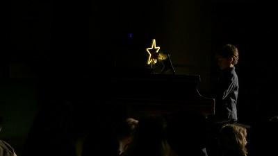 39-LEONIDAS-PIANO