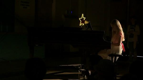 19_Ryan_Piano