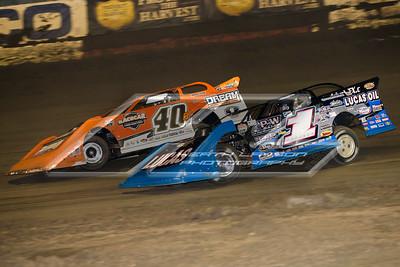 Kyle Bronson (40B) and Earl Pearson, Jr. (1)