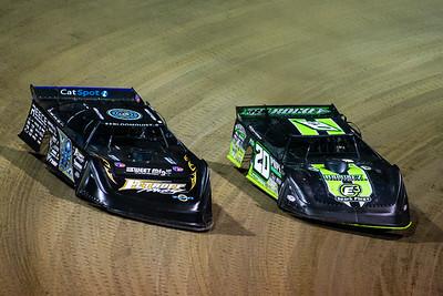 Scott Bloomquist (0) and Jimmy Owens (20)