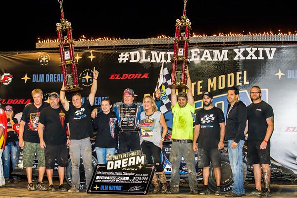 Scott Bloomquist and crew