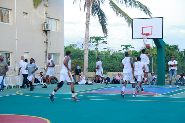 26-04-18 Juego de Baloncesto