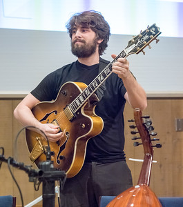 Lee Dynes plays the guitar