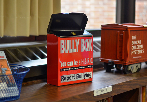 MET 022318 Bully Box