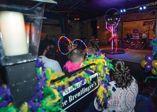 THL 021218 Mardi Gras Signs