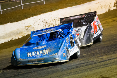 Kyle Bronson (40B) and Brandon Overton (76)