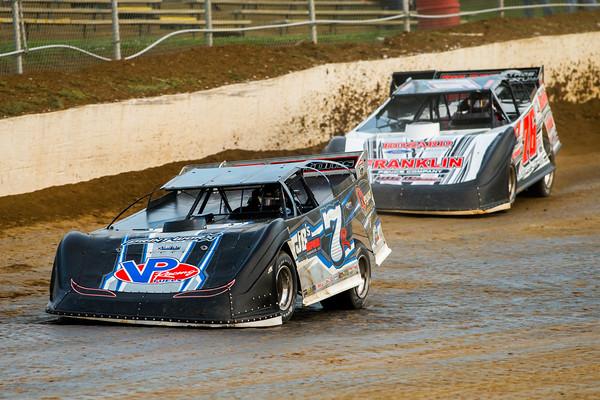 Kent Robinson (7R) and Brandon Overton (76)