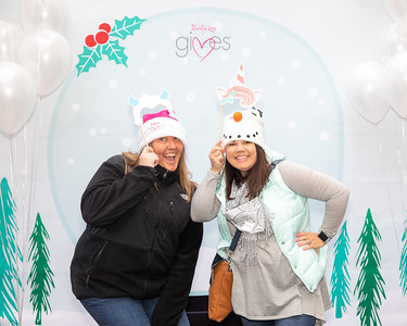 November 2018_Gives_Holiday Open House-4941