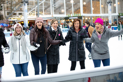 November 2018_Gives_Ice Skating-5782