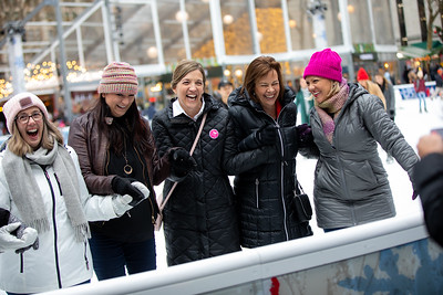 November 2018_Gives_Ice Skating-5786