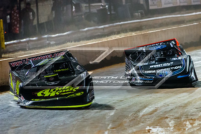 Brent Larson (B1) and Scott Bloomquist (0)