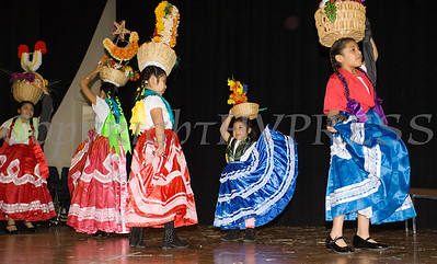 Grupo Folklorico de Poughkeepsie performs as part of the Hudson River HealthCare sponsored Three Kings Day celebration on Saturday, January 6, 2017 at the Family Partnership Center in Poughkeepsie, NY. Hudson Press/CHUCK STEWART, JR.
