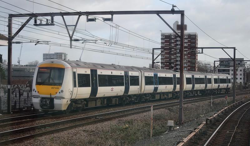 C2C Class 357 Electrostar no. 357036 leaving London Fenchurch Street, 03.01.2018.