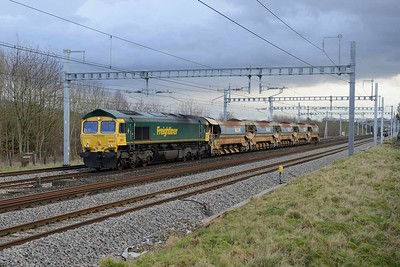 18 January 2018 :: 66507 is passing Lower Basildon with 6V27 from Eastleigh to Hinksey